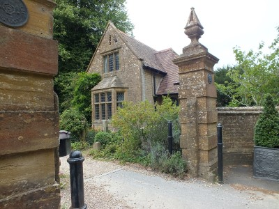 The Manor Lodge